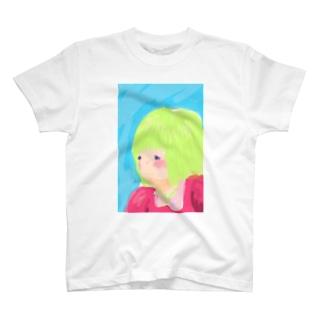 秘密の花園で遊ぶ女の子 T-shirts
