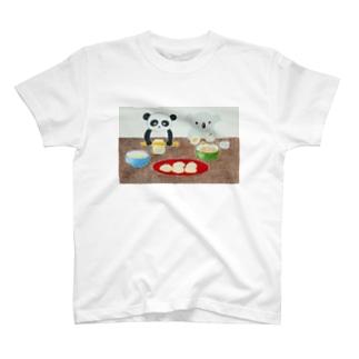 RAAKOのコアラとパンダ T-shirts