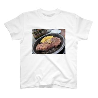 肉 T-shirts