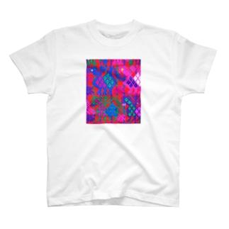 iloitooオリジナル T-shirts