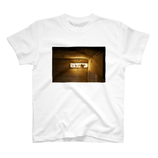 イタリアの照明 T-shirts