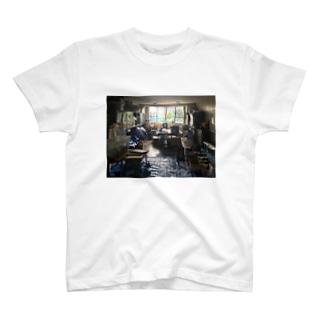 エモ部屋T T-shirts