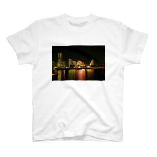 横浜 T-shirts