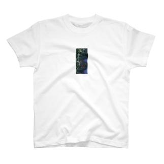 ドローンの離陸地点と飛行方向メモ T-shirts