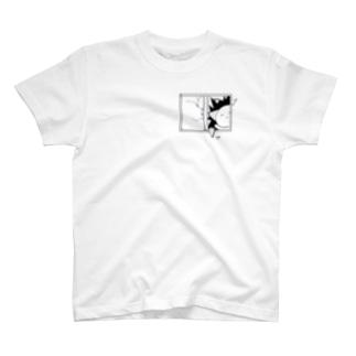 あぁ!!ガラス割れた!! T-shirts
