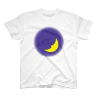 三日月 T-shirts