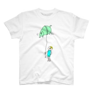 散歩 T-shirts