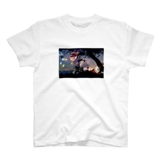 かくにん T-shirts