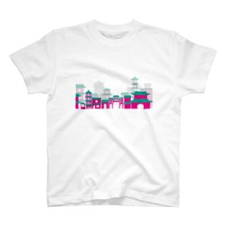 ピンク街並み T-shirts