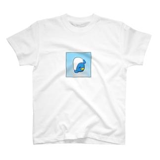 出入り口 T-shirts