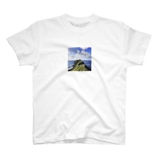 神威岬 T-shirts