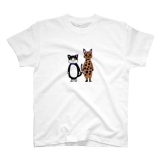 猫の兄弟 T-shirts