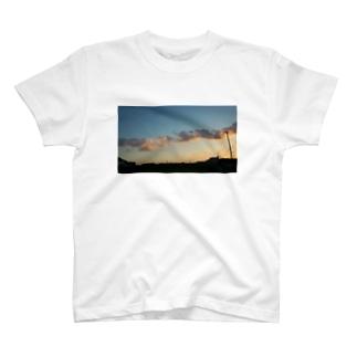 いつもの帰り道 T-shirts