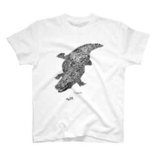 ナイルワニ(黒) T-shirts