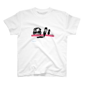 橋の上 T-shirts
