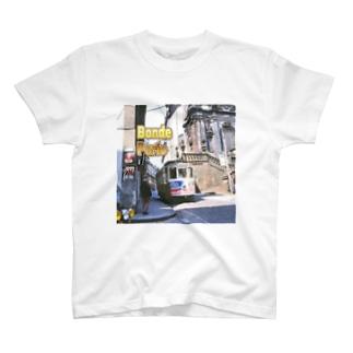 ポルトガル:ポルトのトラム Portugal: street car in Porto T-shirts