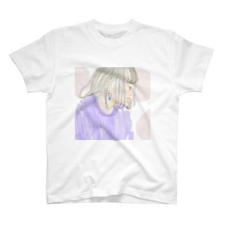 少女(クリームソーダ) T-shirts