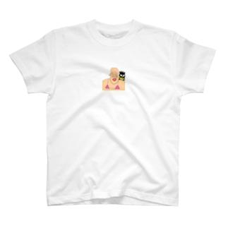 あか T-shirts