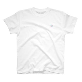さりげないダブルばんそうこう T-shirts