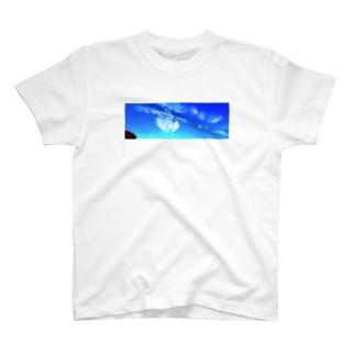 麒麟 T-shirts