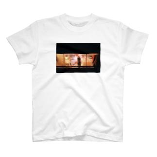 よるのまど T-shirts