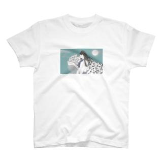 八木澤華恋 T-shirts