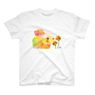 うさぎちゃんとお花 T-shirts