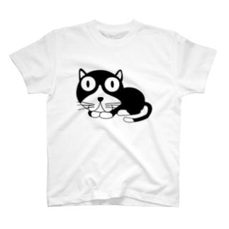 ギョロ目クロネコ T-shirts
