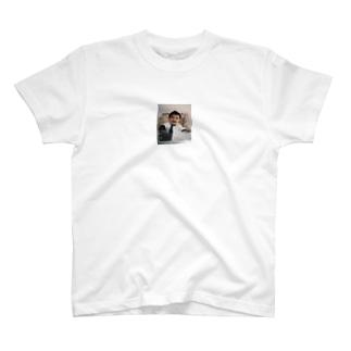 赤ちゃん刑事 T-shirts