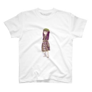 【タイの人々】モン族の女の子 T-shirts