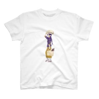 【ミャンマーの人々】マーケットの女性 T-shirts