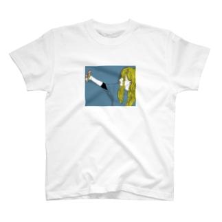 自撮りガール T-shirts