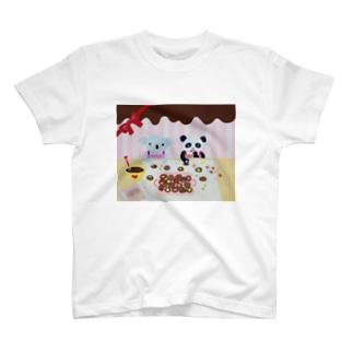 コアラとパンダ T-shirts