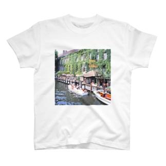 ベルギー:ブリュージュの運河 Bergie: Canal of Bruges T-shirts