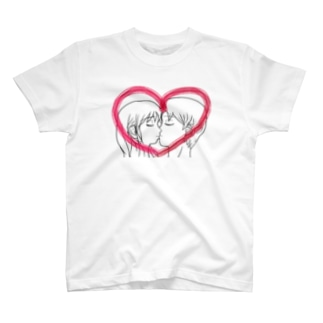 Kissing with heart♥ T-shirts