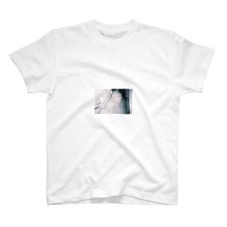 アッチムイテホイ T-shirts