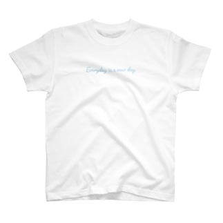 Everyday is a new day スカイブルー T-shirts
