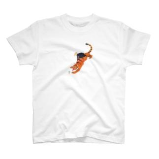 とらとアイス T-shirts