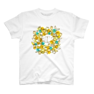 お花畑とネコ T-shirts