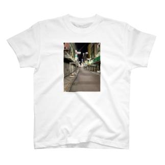 上野2 T-shirts