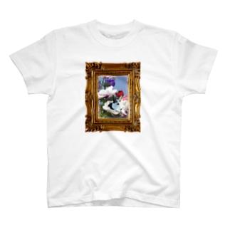 ドーピーのお花のベッド T-shirts