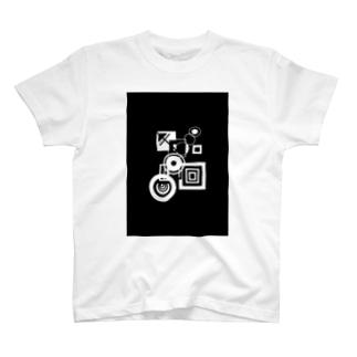 謎の白黒 Tシャツ