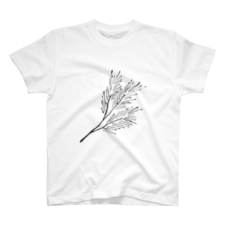 松の枝葉 T-shirts