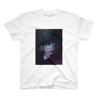 BELLA DONNA 1 T-shirts