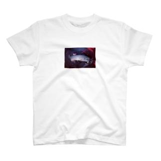 スプーンで釣られた魚。 T-shirts
