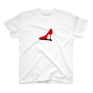 赤いハイヒール T-shirts