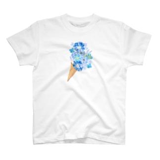 遠くからみたらブーケだけど T-shirts