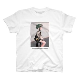 緑髪ショート T-shirts