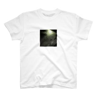 SANTAグッズ T-shirts