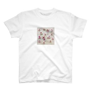 pulpy。のスイーツパーラー T-shirts